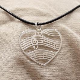 Colgante Corazón Pentagrama Plata de Ley