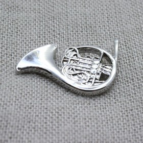 Pin Trompa