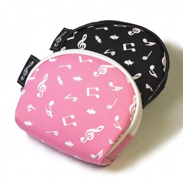 Monedero con decoración de notas musicales y forma de semicírculo. Disponible en 2 colores: rosa y negro.