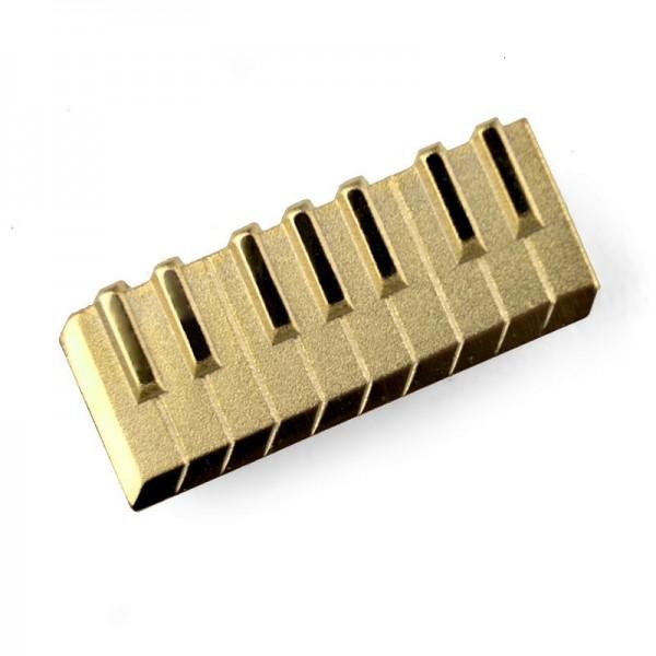 Pin para poner en la solapa, de color dorado y modelo musical de Teclado. Caja incluida.
