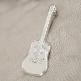 Acoustic Guitar Brooch
