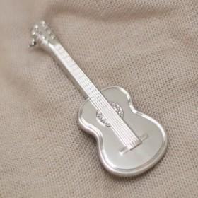 Classic Guitar Brooch