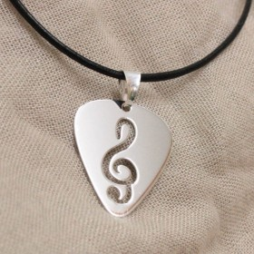 Pick Treble Clef pendant (Sterling Silver)