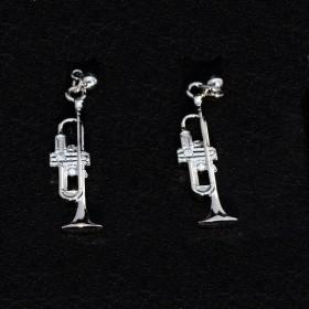 Trumpet shape silver earrings