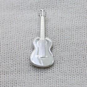 Classic Guitar Lapel Pin